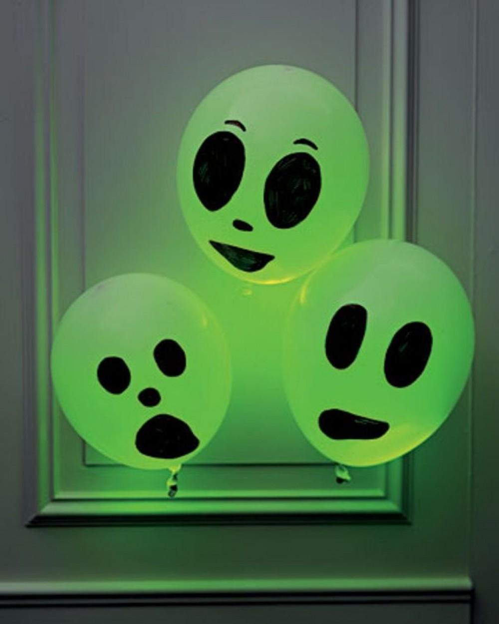 Balloons With Glow Sticks in Them Glow Sticks | Theinthing